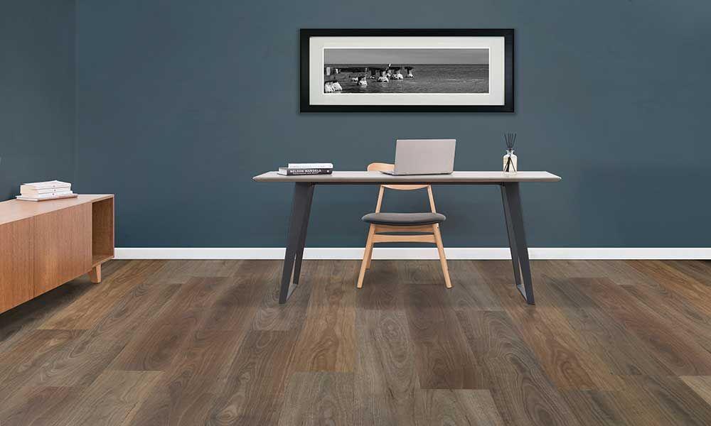 Hybrid flooring in a study room